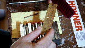 Read more about the article Comment remplacer une lame sur un Harmonica ?